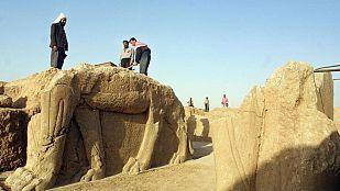 El grupo yihadista Estado Islámico destruye las ruinas asirias de la ciudad bíblica de Nimrud en Irak