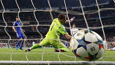 El Madrid pasa a cuartos pero no evita la bronca de su afición