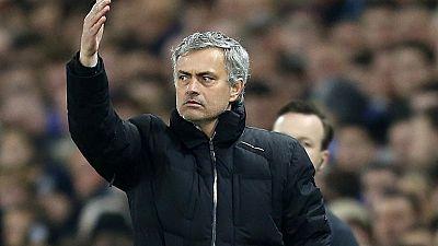 """Mourinho: """"Un equipo que no sabe defender los córners no merece pasar"""""""