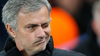 Protestó, gesticuló y acabó reconociendo la justicia de la derrota ante el PSG que ha dejado a su Chelsea fuera de la Champions en octavos de final. Mourinho en estado puro.