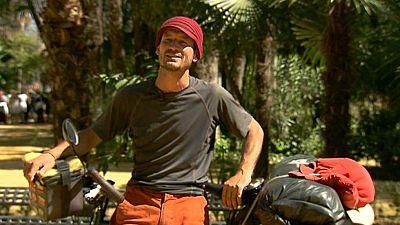 ¿Se imaginan recorrer miles de kilómetros solo en bicicleta?
