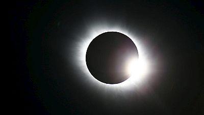 Un eclipse parcial de sol en España que las cámaras del mundo han acercado