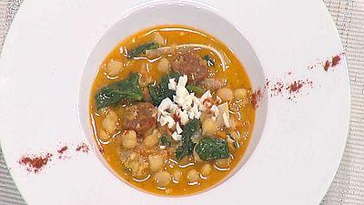 Cocina con Sergio - Potaje de garbanzos con oreja y espinacas - Ver ahora