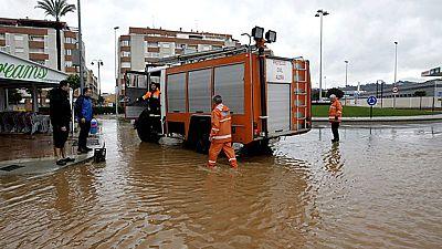 El temporal que afecta a la Comunidad Valenciana ha dejado también intensas lluvias en la zona de Alzira