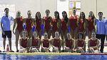 Las 'guerreras' del waterpolo rinden homenaje a las víctimas del avión estrellado en Francia