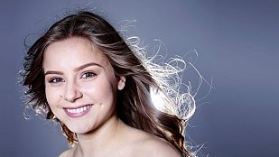 """Eurovisión 2015 - Islandia: Videoclip de Maria Olafs - """"Unbroken"""""""
