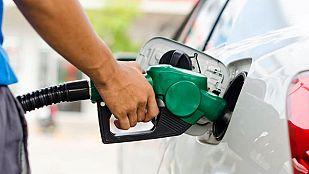 Repunte leve de la gasolina y ligera bajada del diésel antes de los días centrales de Semana Santa
