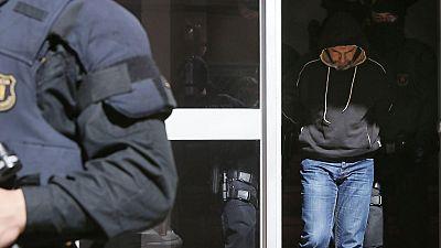 La célula yihadista desarticulada en Cataluña pretendría secuestrar y degollar a una persona
