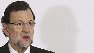 Rajoy dice que quiere ser candidato y descarta cambios en el PP si hay malos resultados en mayo