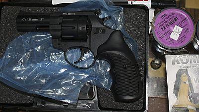La Guardia Civil ha desarticulado una red de tráfico de armas con posibles vinculaciones con organizaciones terroristas