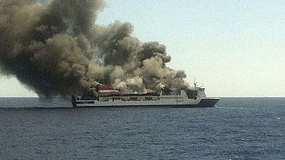 Salvamento Marítimo evacúa a 150 pasajeros de un ferry incendiado al oeste de la isla de Mallorca