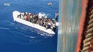 Rescatados 194 inmigrantes a bordo de dos lanchas en el canal de Sicilia
