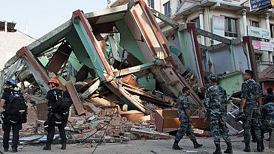 Un nuevo seísmo de magnitud 7,3 cerca de Katmandú sacude la zona más castigada de Nepal