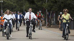 Rajoy acompaña a Aguirre y Cifuentes en Madrid y Sánchez acude a Andalucía sin coincidir con Susana Díaz