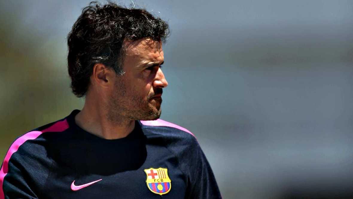 """El entrenador del FC Barcelona, Luis Enrique Martínez, ha  asegurado que el partido que disputarán ante el Atlético de Madrid  este domingo en el Vicente Calderón (19.00 horas) es """"una final"""", a  pesar de que supone la primera de las dos oportunidade"""
