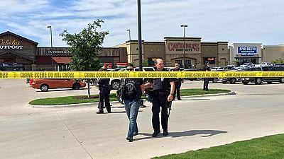 Nueve muertos y una veintena de heridos en un enfrentamiento entre bandas rivales de moteros en Texas