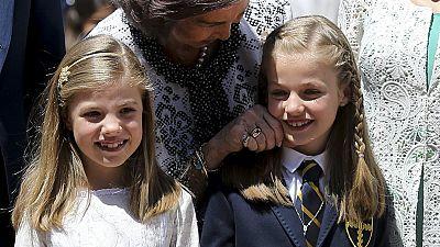 La Familia Real acompaña a la Princesa de Asturias en su primera comunión