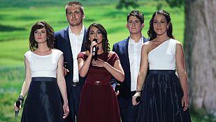 """Eurovisión 2015 - Hungría: Boggie canta """"Wars for nothing"""""""