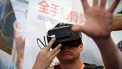 Una empresa de Almería desarrolla un guante que permite 'sentir' la realidad virtual