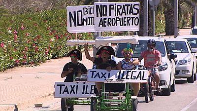 Los taxistas de Baleares acusan a los 'bicitaxis' de competencia desleal