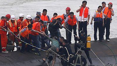 Más de 400 personas desaparecidas en China en un naufragio en el río Yangtsé