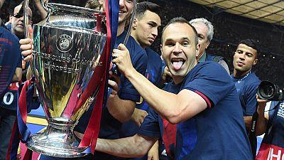 El segundo capitán del FC Barcelona, nombrado mejor jugador de la final de Champions, Andrés Iniesta, ha elogiado el juego de su equipo, tras ganar a la Juventus y conseguir el ansiado triplete. Luis Suárez y Busquets tampoco han ahorrado elogios par