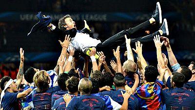 El Barcelona entró esta noche en la historia al levantar, en el Estadio Olímpico de Berlín, su quinta Copa de Europa, tras derrotar al Juventus italiano (1-3) y convertirse en el primer club que conquista, por segunda vez, el trébol de grandes título