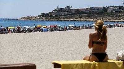 Playas llenas en el Mediterráneo con temperaturas de más de 30 grados