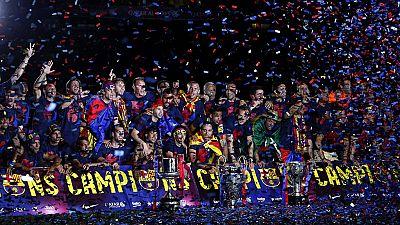 El Barça pone punto final en el Camp Nou a la fiesta