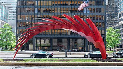 Calatrava se defiende de las críticas al presentar sus esculturas en Nueva York