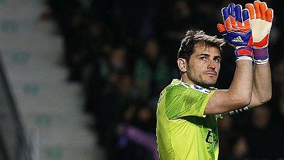 Casillas se marcha del Madrid
