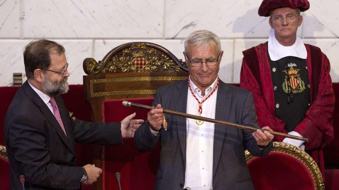 Joan Ribó, de Compromís, se convierte en el nuevo alcalde del ayuntamiento de Valencia