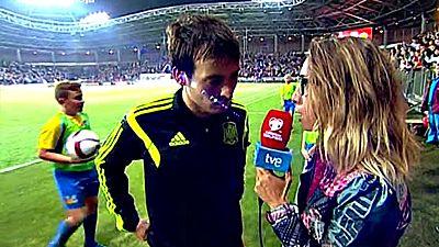 El protagonista de la victoria de España en Bielorrusia, David Silva, ha elogiado a su capitán, Iker Casillas, y a su entrenador, Del Bosque, en el partido número 100 como seleccionador.
