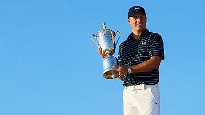 Jordan Spieth ha sumado su segundo grande de la temporada. Tras ganar el Masters de Augusta, el estadounidense ha conquistado el Abierto de Estados Unidos.