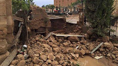 Una tromba inunda el cementerio de Santa Mar�a de Huerta