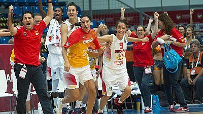 España se ha clasificado a semifinales del Eurobasket 2015 en un sufrido partido contra Montenegro, a la que superó con un ajustado 75-74. Alba Torrens, con 28 puntos, lideró a la selección de Lucas Mondelo.