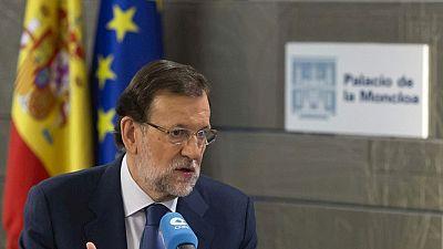 Rajoy asegura que el Gobierno podría devolver otra parte de la paga extra a los funcionarios este año