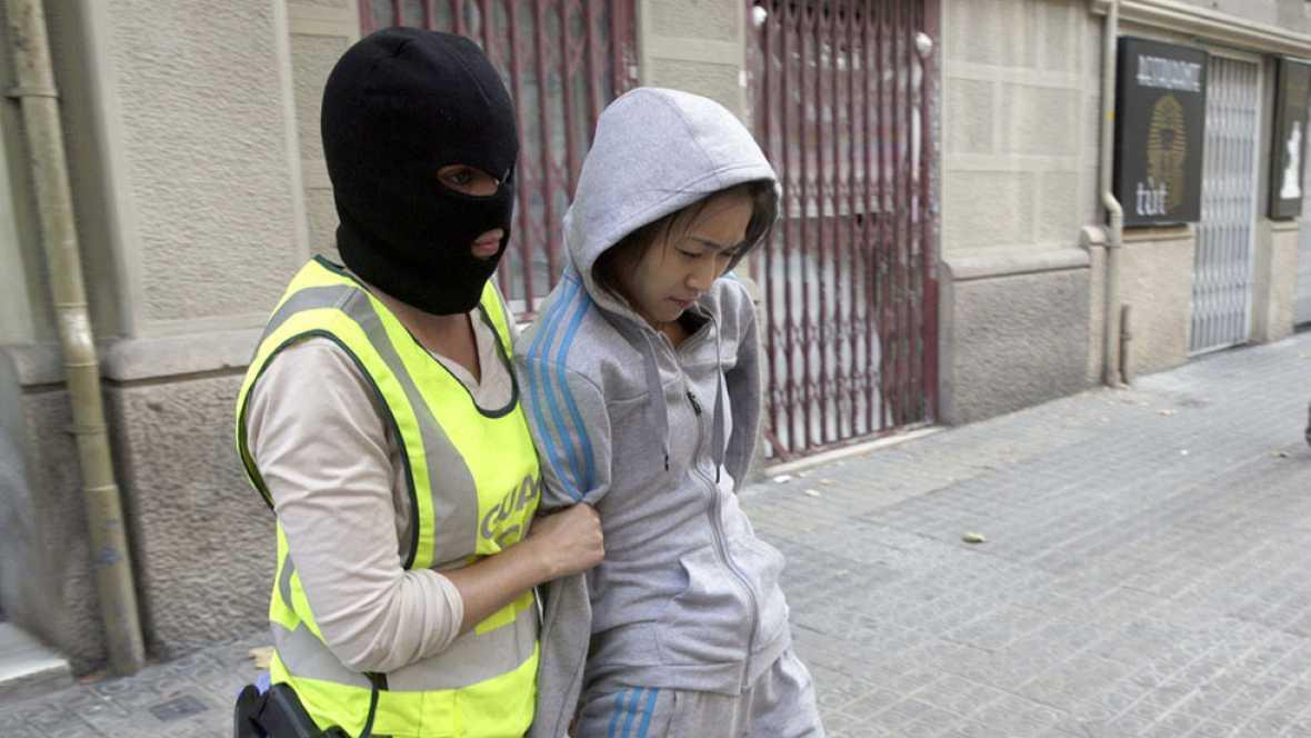 Varios detenidos en Barcelona en una operación contra una red de trata de personas