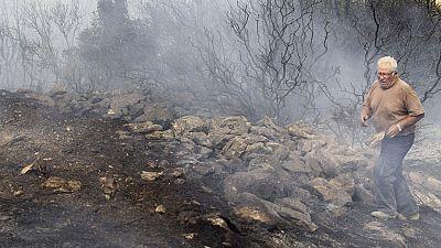 Estabilizado el incendio en Cinco Villas, auque preocupan las altas temperaturas y el viento