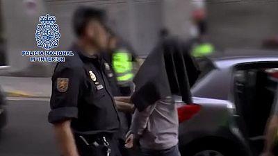 Una mujer ha sido detenida en Lanzarote acusada de reclutar a niñas y adolescentes para el Estado Islámico