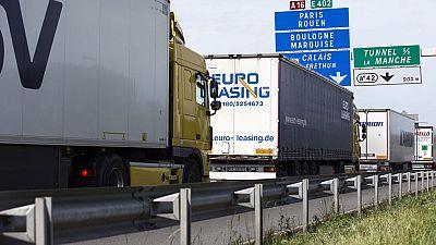 Entra en vigor el desvío voluntario de grandes camiones a autopistas de peaje para aliviar el tráfico