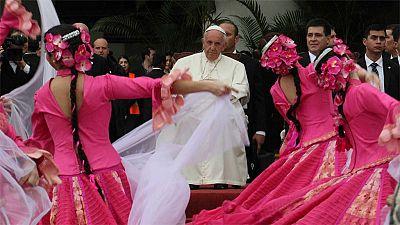 Última parada de la gira latinoamericana del Papa en Paraguay