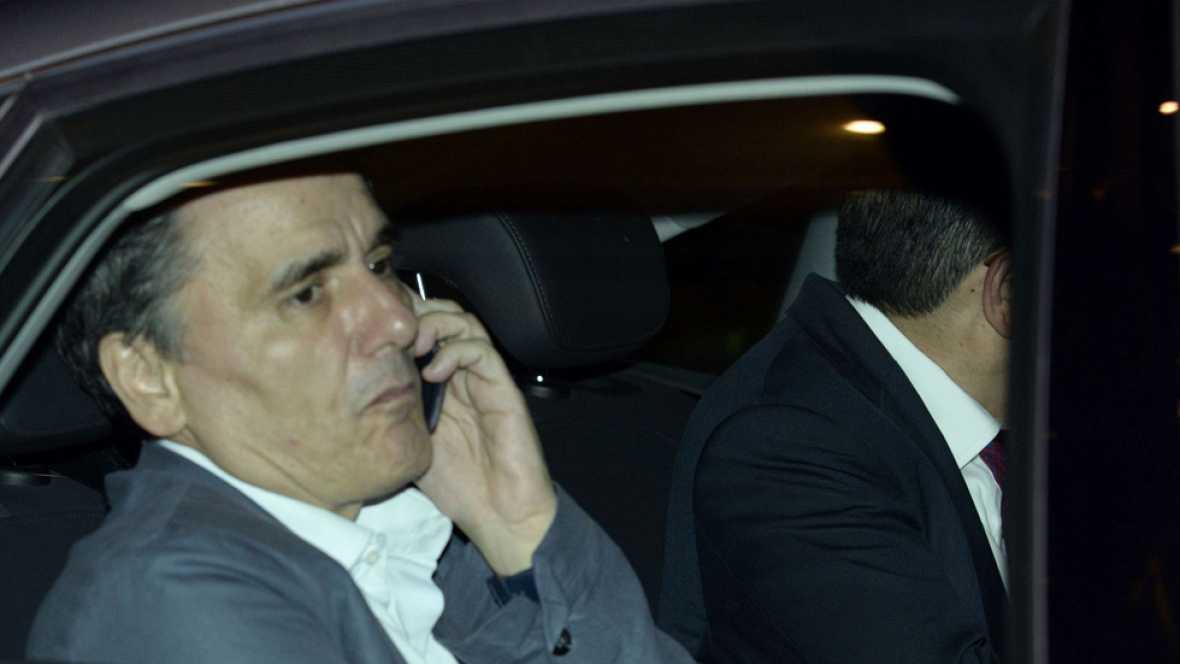 El Eurogrupo continúa este domingo las negociaciones sobre Grecia