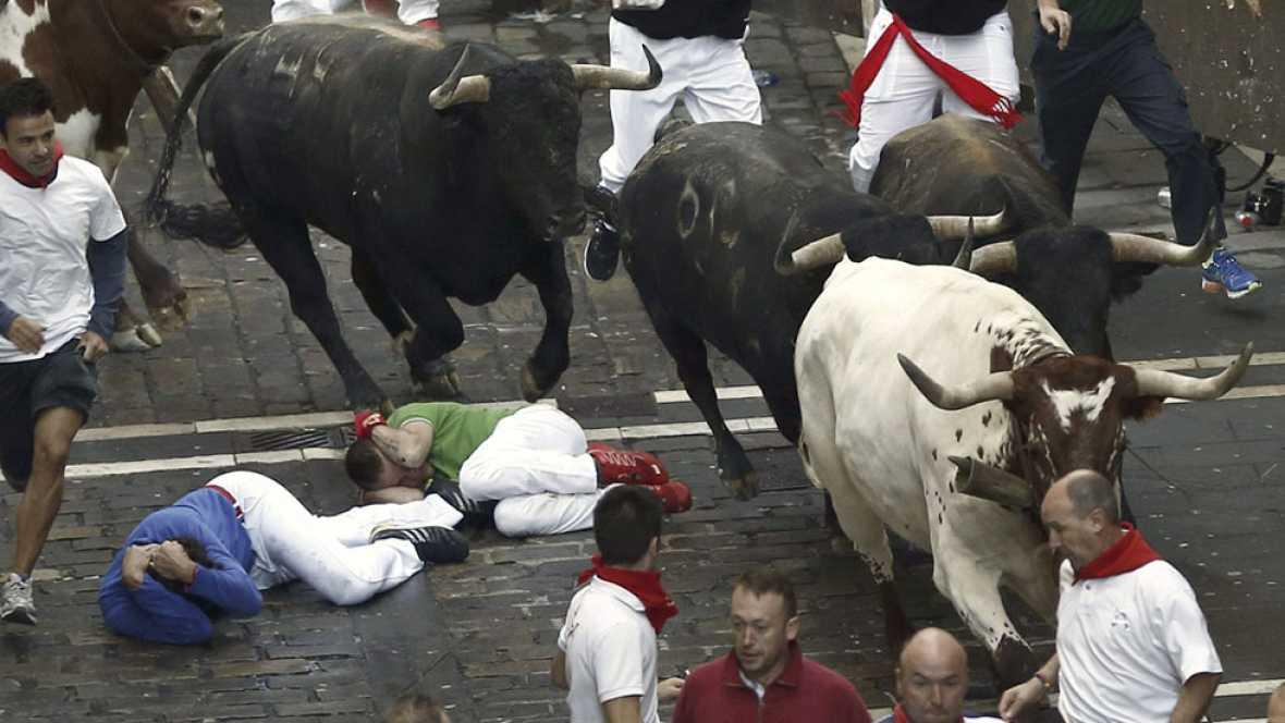 Sexto encierro de San Ferm�n 2015 con la ganader�a Conde de la Maza