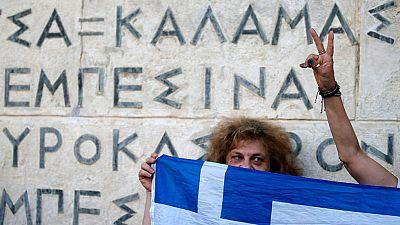 Los sindicatos de funcionarios griegos convocan una huelga de 24 h