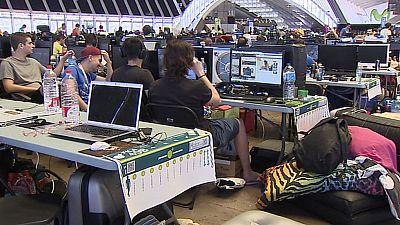 2000 internautas disfrutan de 30gb de banda ancha para descargar y jugar online en la 'Lan Party 2015'