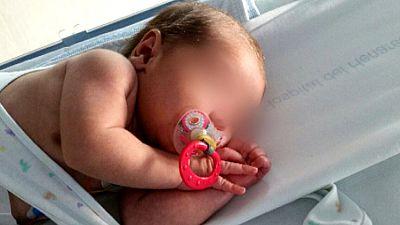 Prisión sin fianza para la madre del bebé encontrado en un contenedor en Mejorada, en Madrid