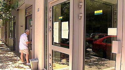 En unas horas entrará en vigor la subida del IVA en Grecia