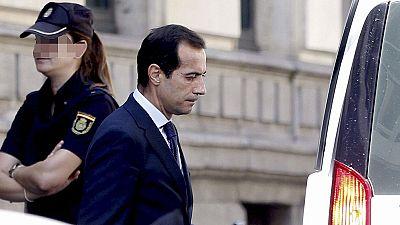 """El juez retira el pasaporte al exconsejero Salvador Victoria por """"favorecer"""" a la red Púnica"""