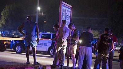 Un hombre mata a dos personas durante la proyección de una película y se suicida, en Luisiana